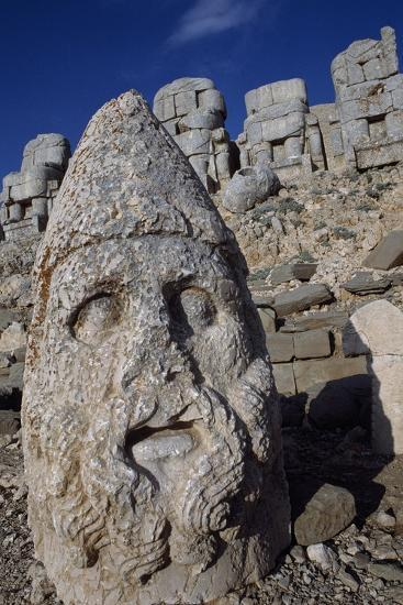 Colossal Head, Tomb of King Antioch I of Commagene, East Terrace, Nemrut Dagi--Photographic Print