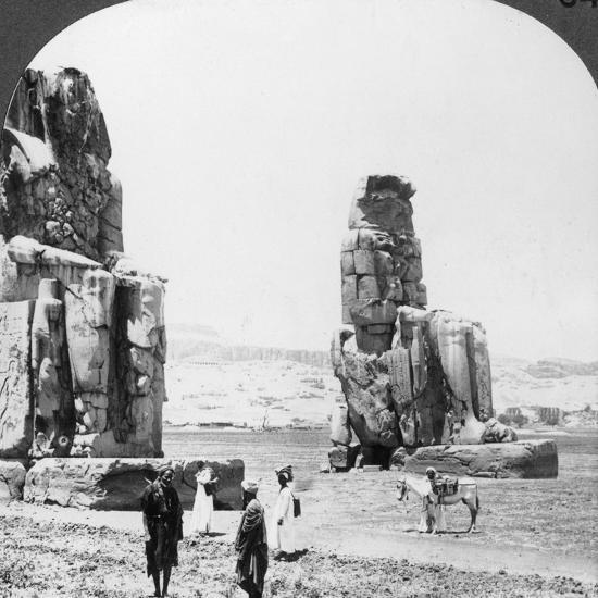 Colossal 'Memnon' Statues at Thebes, Egypt, 1905-Underwood & Underwood-Photographic Print