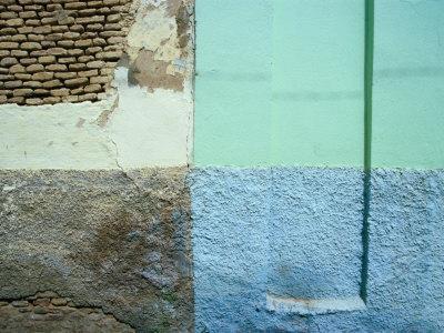 https://imgc.artprintimages.com/img/print/colourful-walls-tozeur-tunisia_u-l-p4cz4g0.jpg?p=0