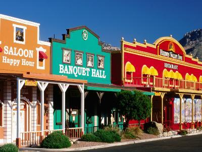Colourful Western-Style Facade Near Sabino Canyon, Tucson, Arizona-David Tomlinson-Photographic Print