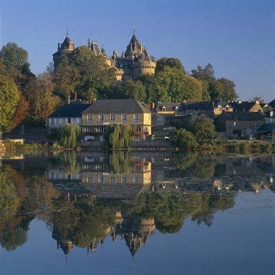 https://imgc.artprintimages.com/img/print/combourg-and-chateau-brittany-overall-exterior_u-l-q10wg250.jpg?p=0