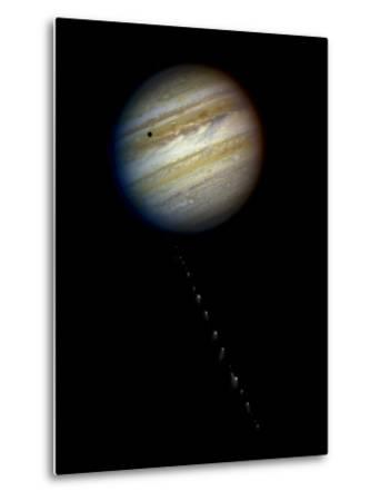 Comet P/Shoemaker-Levy 9 Approaching Jupiter on May 17, 1994