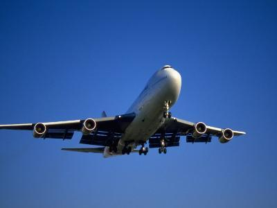 Commercial Airplane in Flight-Mitch Diamond-Photographic Print