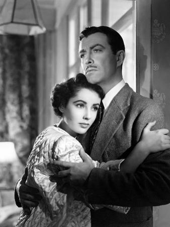CONSPIRATOR, 1949 directed by VICTOR SAVILLE Elizabeth Taylor and Robert Taylor (b/w photo)