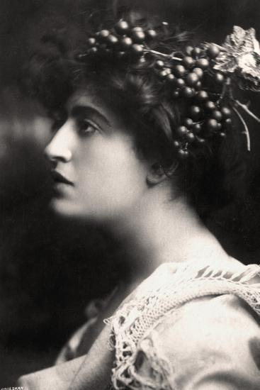 Constance Collier (1878-195), British Actress, 1900s-Foulsham and Banfield-Photographic Print