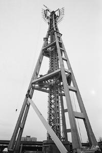 Constructing Seattle's Space Needle
