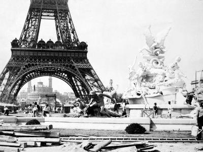 Constructing the Fountain St. Vidal Near the Eiffel Tower, Paris Exhibition, 1889--Photographic Print