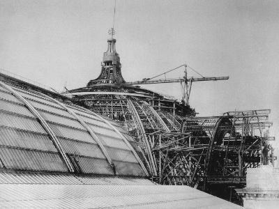 Construction of the Dome of the Grand Palais, for the Exposition Universelle of 1900--Giclee Print