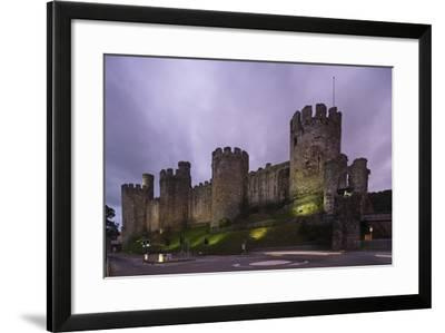 Convy Castle--Framed Photographic Print