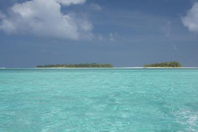 Cook Islands, Aitutaki, Honeymoon Island. Motu Surrounded by Lagoon-Cindy Miller Hopkins-Photographic Print