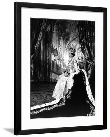 Coronation Portrait of Elizabeth II, Born 21 April 1926-Cecil Beaton-Framed Photographic Print