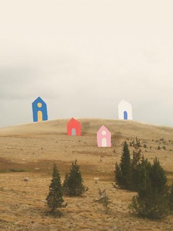 https://imgc.artprintimages.com/img/print/cottages-on-big-horn_u-l-q1g8v950.jpg?p=0