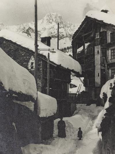 Country in the Snow--Photographic Print