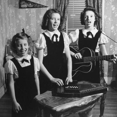 Country Western Singing Carter Sisters Anita, June and Helen, Singing, Playing Autoharp and Guitar-Eric Schaal-Premium Photographic Print