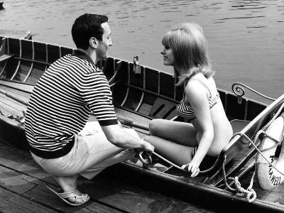 Couple Hire a Rowboat--Photographic Print
