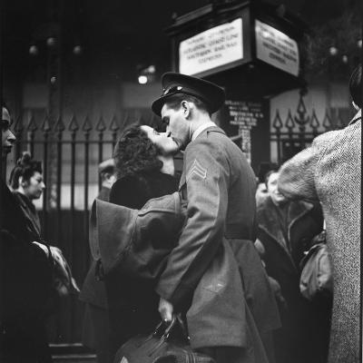 Couple in Penn Station Sharing Farewell Kiss Before He Ships Off to War During WWII-Alfred Eisenstaedt-Photographic Print