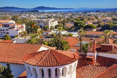 https://imgc.artprintimages.com/img/print/court-house-building-santa-barbara-california_u-l-q13cbs10.jpg?p=0