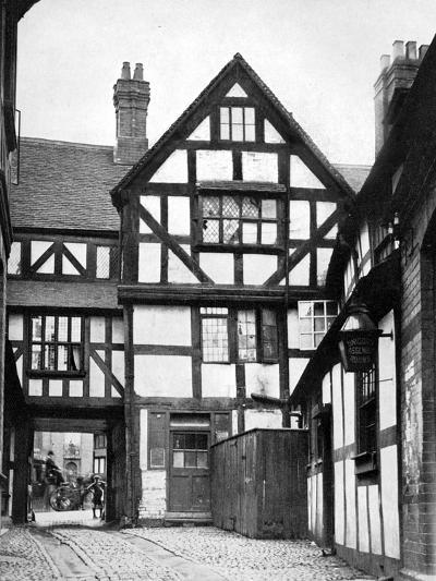 Courtyard of the Unicorn Inn, Shrewsbury, Shropshire, England, 1924-1926-Herbert Felton-Giclee Print