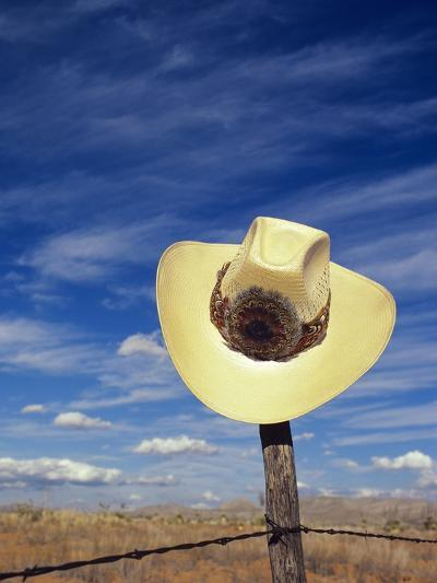 Cowboy Hat on Barbed Wire Fence, British Columbia, Canada-Gary Fiegehen-Photographic Print