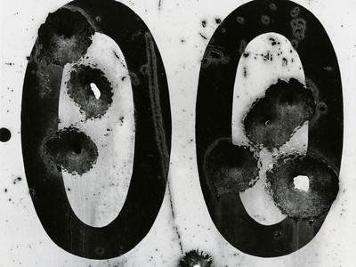 https://imgc.artprintimages.com/img/print/cracked-paint-and-metal-c-1980_u-l-q1g6wbg0.jpg?p=0