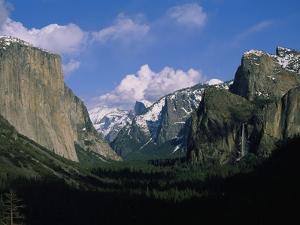 Yosemite Valley Landmarks by Craig Aurness