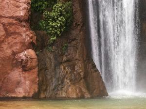 Deer Creek Falls by Craig Lovell