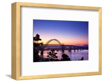 Sunrise over Newport Bridge, Newport Oregon, Oregon Coast, Pacific Northwest