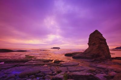 Sunset Otter Rock, Oregon Coast, Pacific Northwest. Pacific Ocean by Craig Tuttle