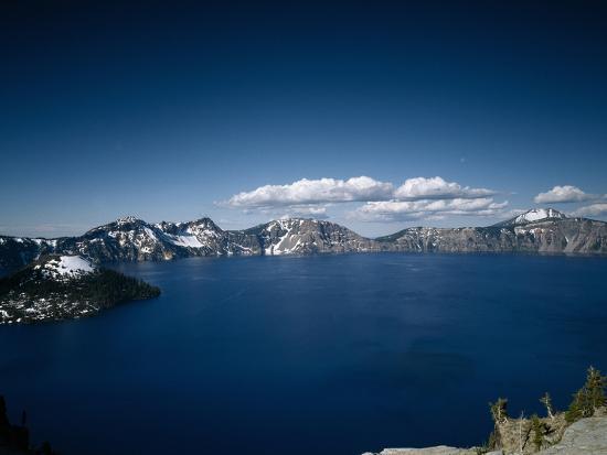Crater Lake, Oregon-Carol Highsmith-Photo