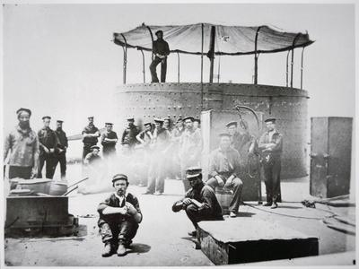 https://imgc.artprintimages.com/img/print/crew-of-the-uss-monitor-cooking-on-deck-on-the-james-river-virginia-9th-july-1862_u-l-pccgeh0.jpg?p=0