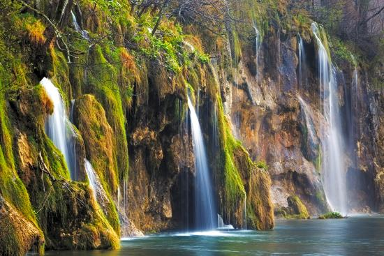 Croatia, Plitvice Lakes National Park. Waterfalls into stream.-Jaynes Gallery-Photographic Print