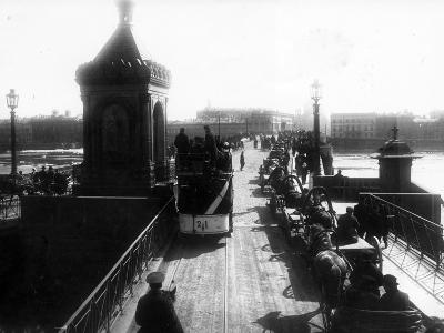 Crossing the Nicholas Bridge from Vasilievsky Island, St Petersburg, 1903--Photographic Print