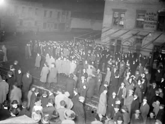 Crowd awaiting survivors from the Titanic, 1912--Photographic Print