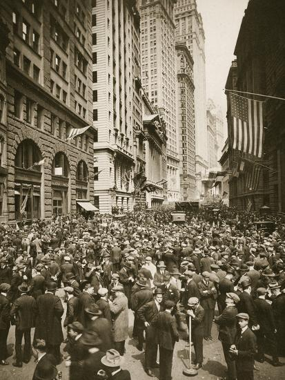 Crowds on Wall Street, New York, USA, 1918-Unknown-Photographic Print