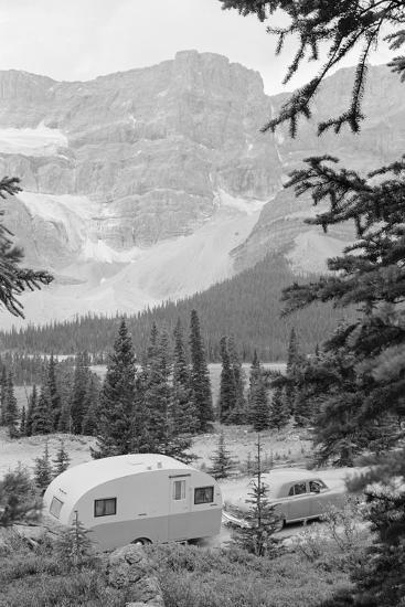 Crowfoot Glacier from Icefields Parkway-Philip Gendreau-Photographic Print