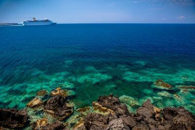 Cruise Ship beyond Reef-EvanTravels-Photographic Print