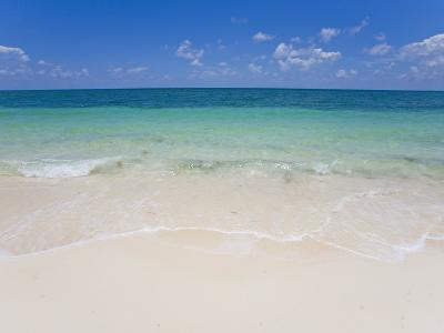 Crystal Clear Water and Blue Skies at a Beach in the Bahamas-Mike Theiss-Photographic Print