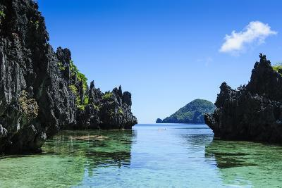 Crystal Clear Water in the Bacuit Archipelago, Palawan, Philippines, Southeast Asia, Asia-Michael Runkel-Photographic Print