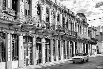 Cuba Fuerte Collection B&W - Car on Street of Havana-Philippe Hugonnard-Photographic Print