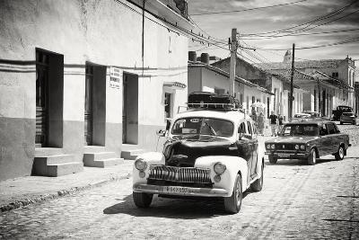 Cuba Fuerte Collection B&W - Classic Cars Taxis-Philippe Hugonnard-Photographic Print