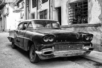 Cuba Fuerte Collection B&W - Old American Pontiac-Philippe Hugonnard-Photographic Print