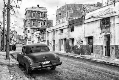 Cuba Fuerte Collection B&W - Old Car in the Streets of Havana II-Philippe Hugonnard-Photographic Print