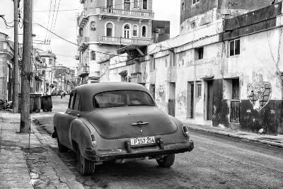Cuba Fuerte Collection B&W - Old Car in the Streets of Havana IV-Philippe Hugonnard-Photographic Print