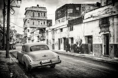 Cuba Fuerte Collection B&W - Old Car in the Streets of Havana-Philippe Hugonnard-Photographic Print