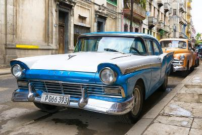 Cuba Fuerte Collection - Beautiful American Cars in Havana-Philippe Hugonnard-Photographic Print