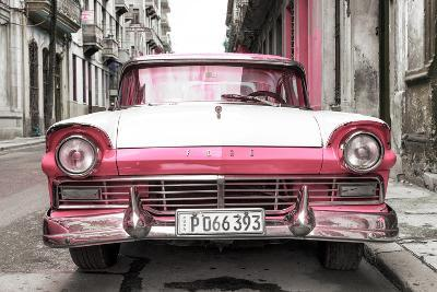 Cuba Fuerte Collection - Old Ford Pink Car-Philippe Hugonnard-Photographic Print