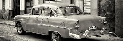 Cuba Fuerte Collection Panoramic BW - Cuban Classic Car in Havana III-Philippe Hugonnard-Photographic Print