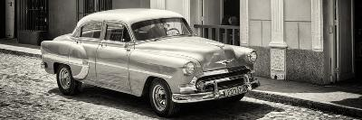 Cuba Fuerte Collection Panoramic BW - Cuban Taxi-Philippe Hugonnard-Photographic Print