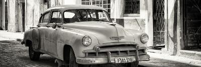 Cuba Fuerte Collection Panoramic BW - Old Chevrolet-Philippe Hugonnard-Photographic Print