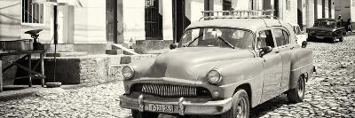 Cuba Fuerte Collection Panoramic BW - Old Taxi in Trinidad-Philippe Hugonnard-Photographic Print